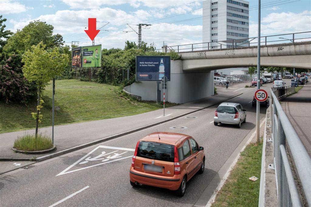 Wiesentalstr. Nh. Schönauer Str. vor DB-Brücke re.