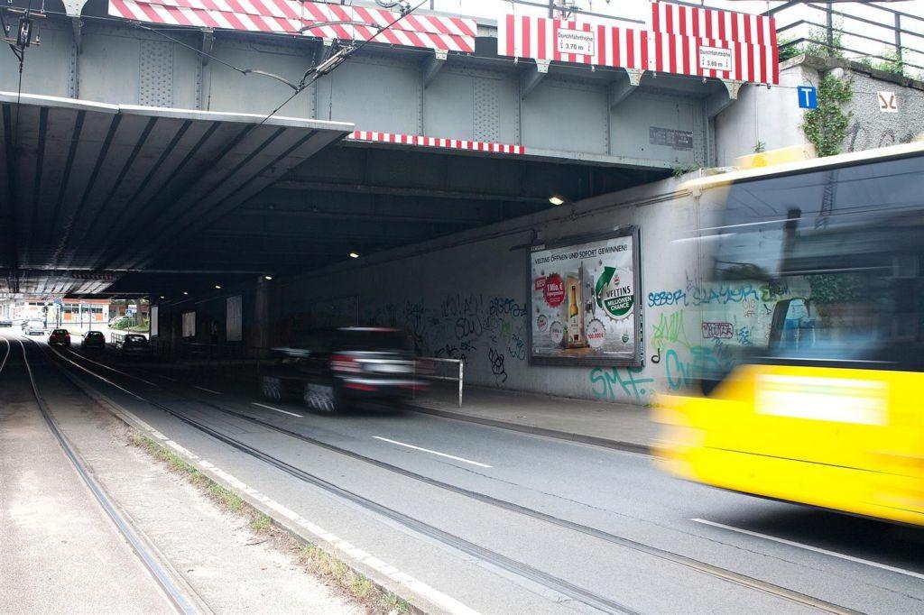Steeler Str./Bahn-Ufg. saw./re.