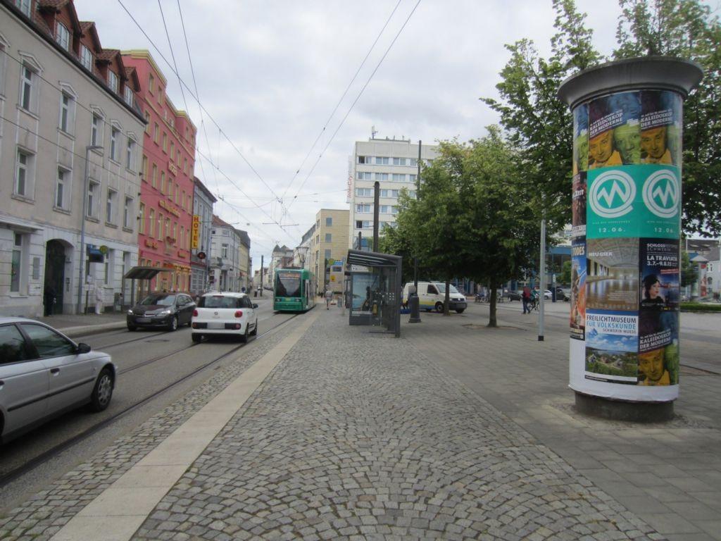 Grunthalplatz