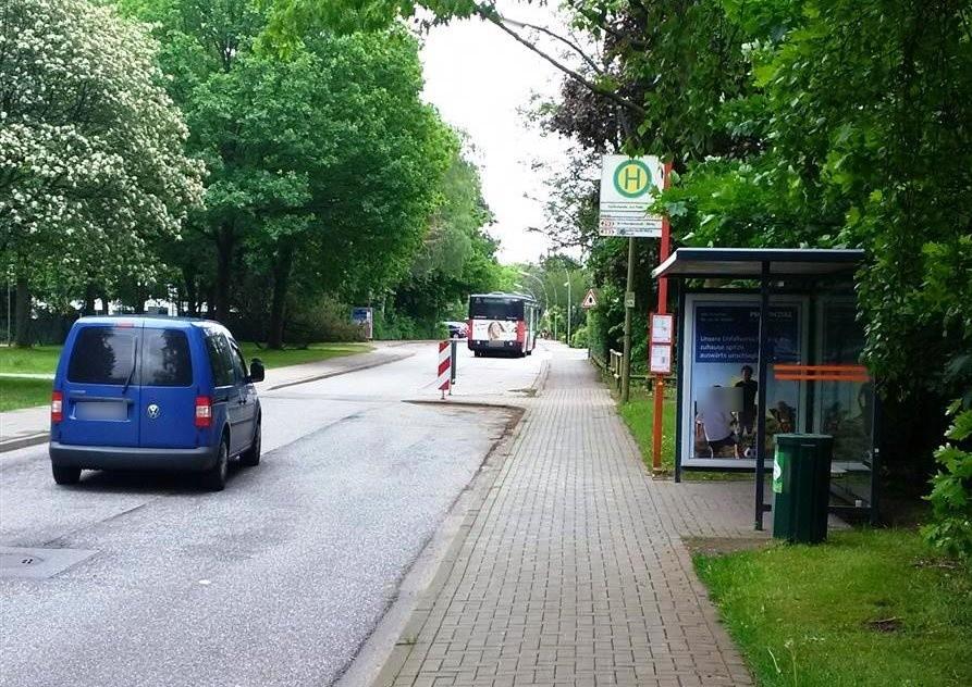 Falkenhorst vor Matthias-Claudius-Weg innen