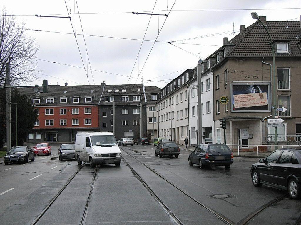 Haus-Berge-Str. quer/Hafenstr. 1