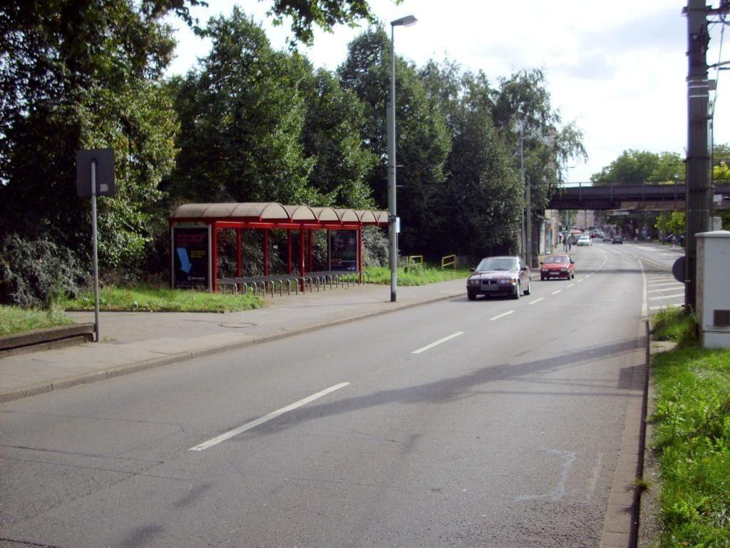 Heerstr.  65/Platanenhof/Fahrradstand re./We.li.