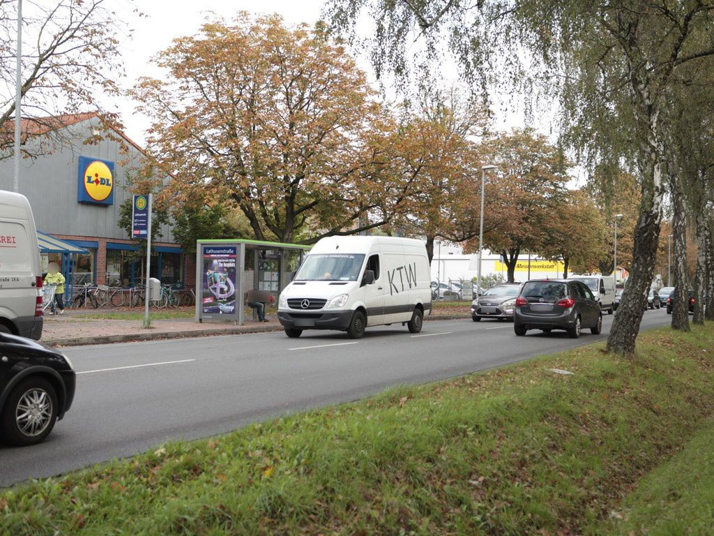 Berckhusenstr.  95/Lathusenstr. außen