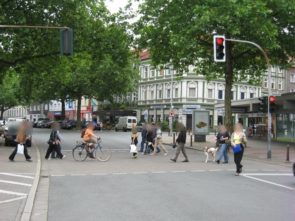 Von-Oven-Str. geg. 1/Alter Markt/Citibank/We.re.