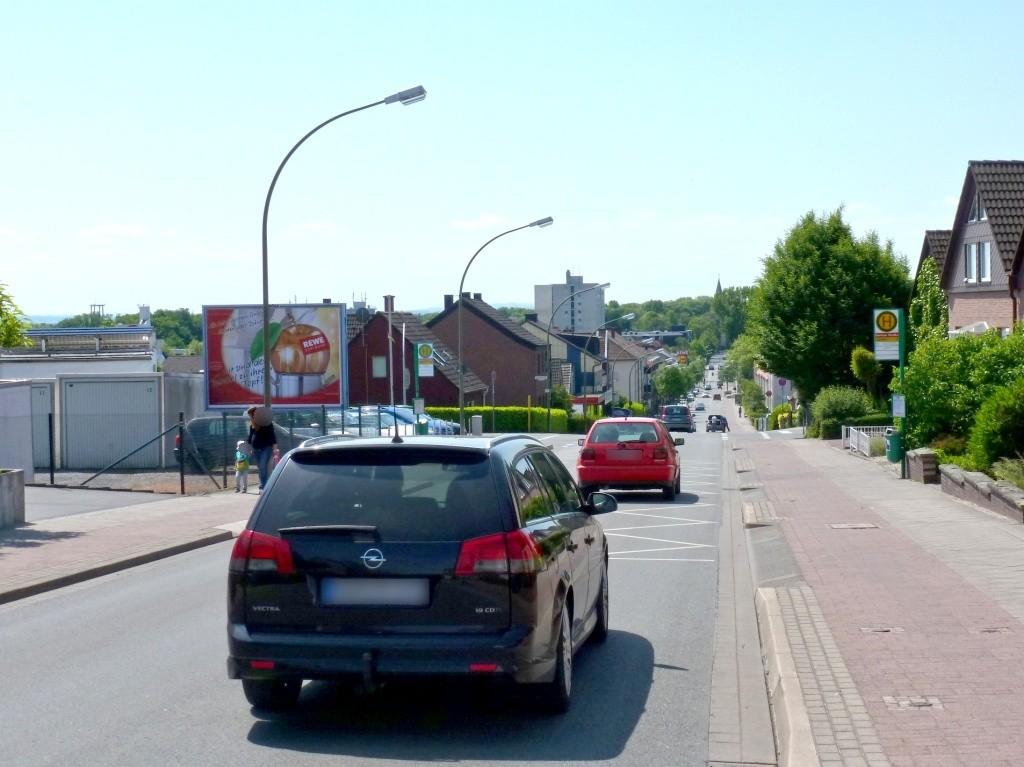 Friedrich-Ebert-Str./Berliner Str. 36/We.li. quer