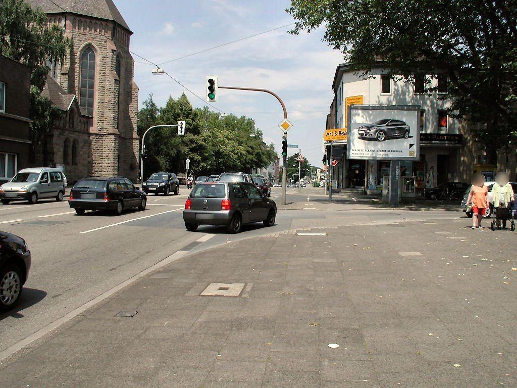 Mülheimer Str.  70-74/Bismarckstr./We.re. CS