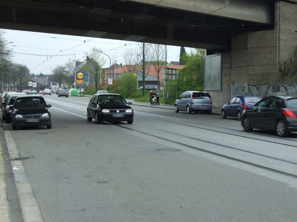 Donnerstr./Brücke Bf