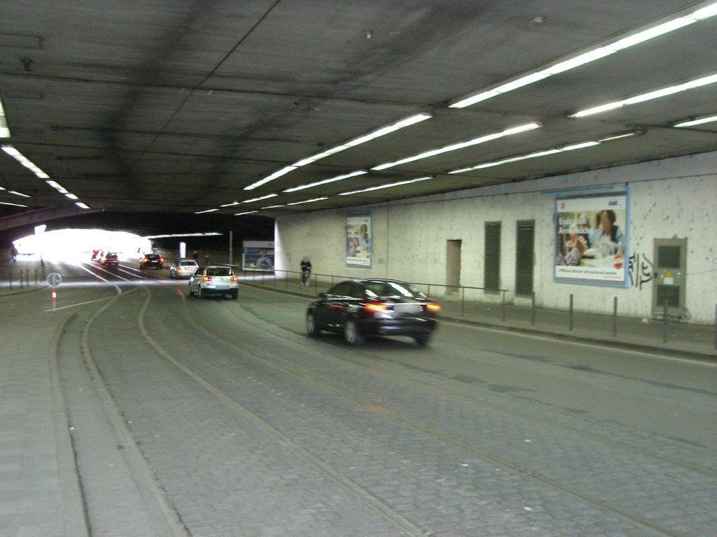 Kölner Str./Worringer Platz Ufg. mi.