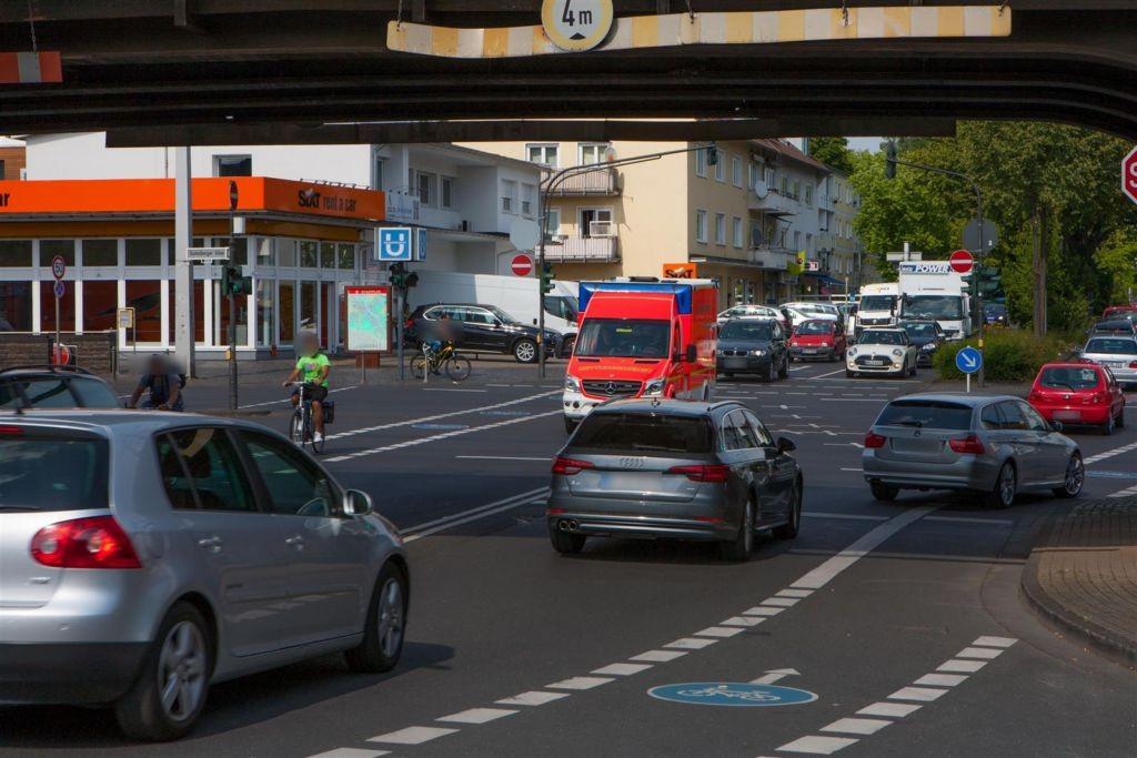 Godesberger Allee/Wurzerstr./U-Bahn/We.li.