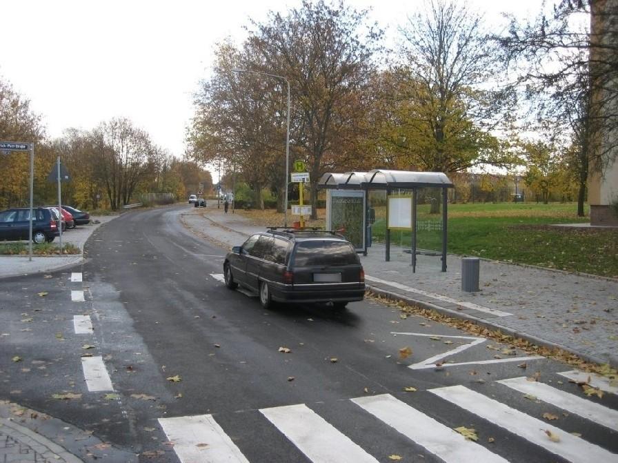 Berkersheimer Weg/Heinrich-Plett-Str. geg./innen