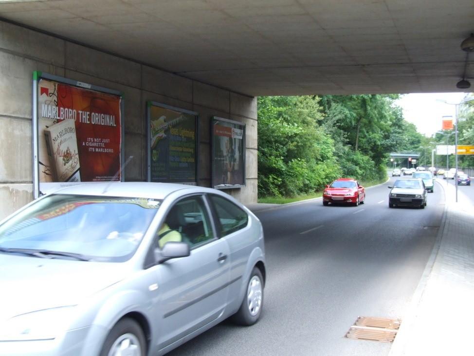 Leipziger Str./Thälmann-Brücke sew.