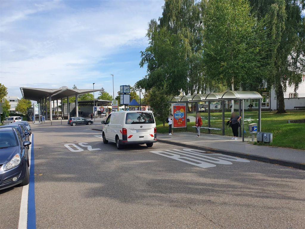Marktstr./Bahnhofstr. /We re., Bussteig 3