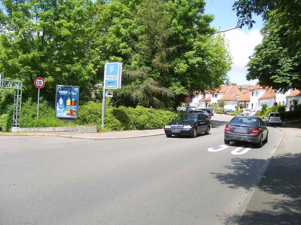 Schillerstr./ Einfahrt Tiefgarage