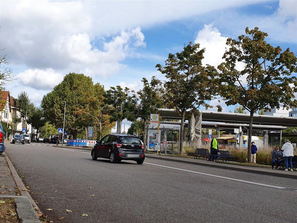 Bahnhofstr./S-Bf re., Bussteig 4, We.re.