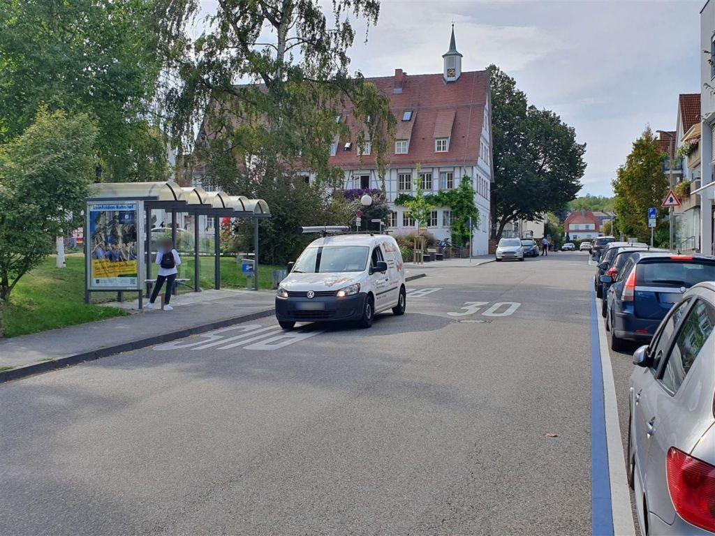 Marktstr./Bahnhofstr. /We li., Bussteig 3