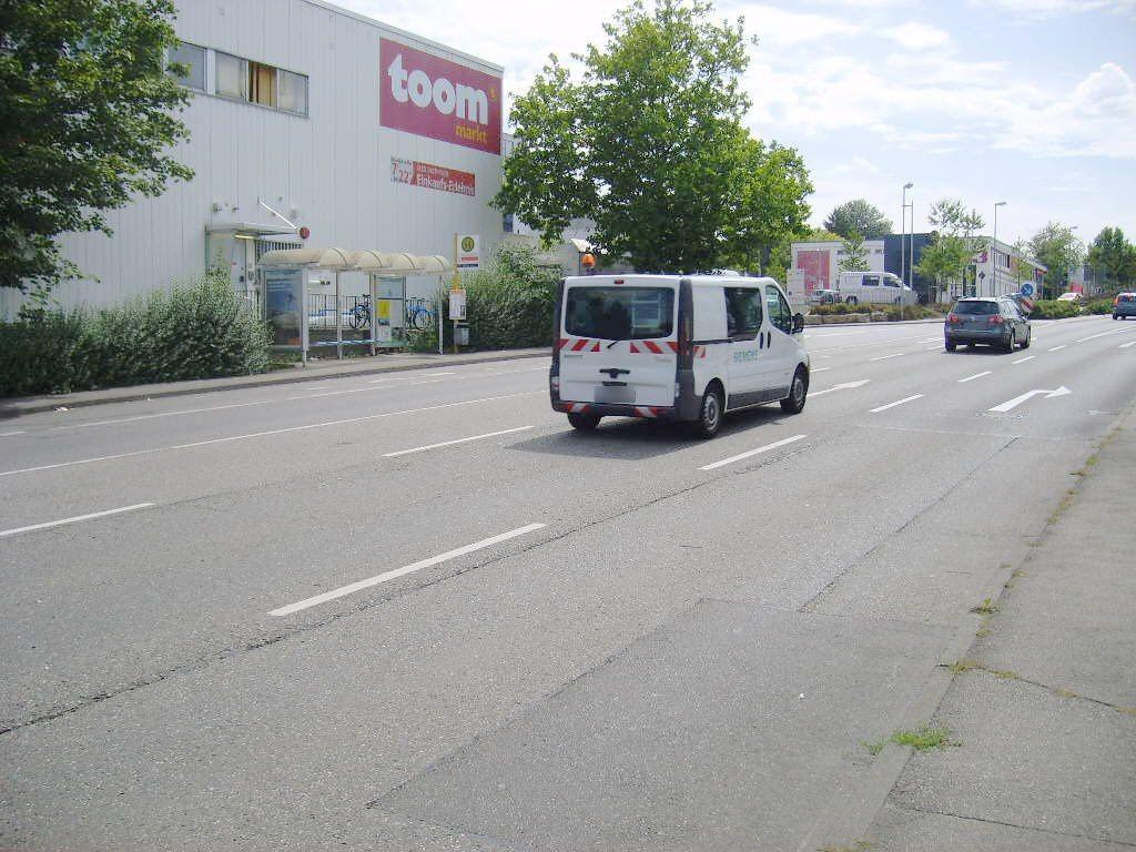 Hauptstr./Ortseingang saw./ We li.