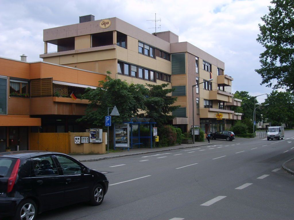 Schwenninger Str./ HST Hallenbad/ We.li.