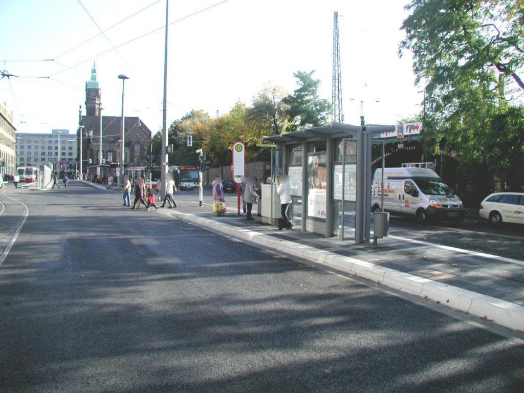Hbf. Bussteig 7 Sicht Hansa-Centrum