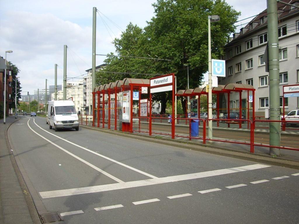 Heerstr. 65/Platanenhof/Ri. D'dorf li./RS