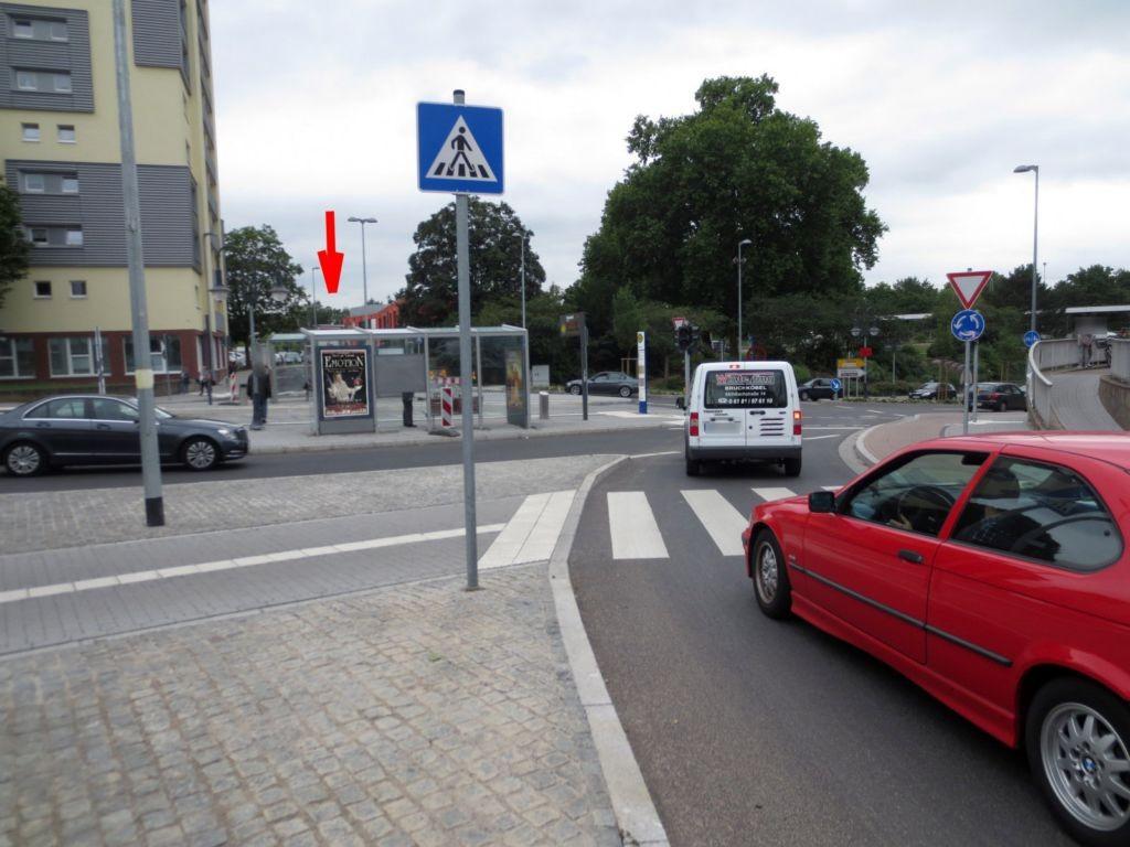 Kanaltorplatz/Nußallee 7/RW außen