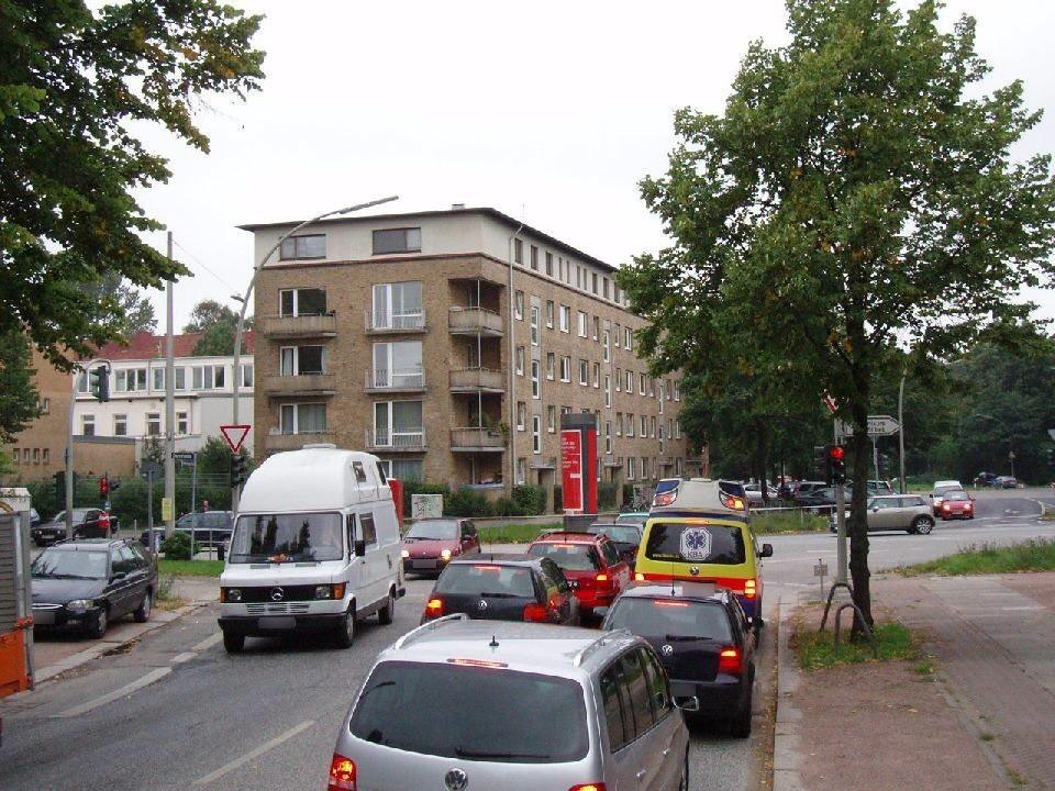 Dehnhaide  75-79/Friedrichsberger Str.