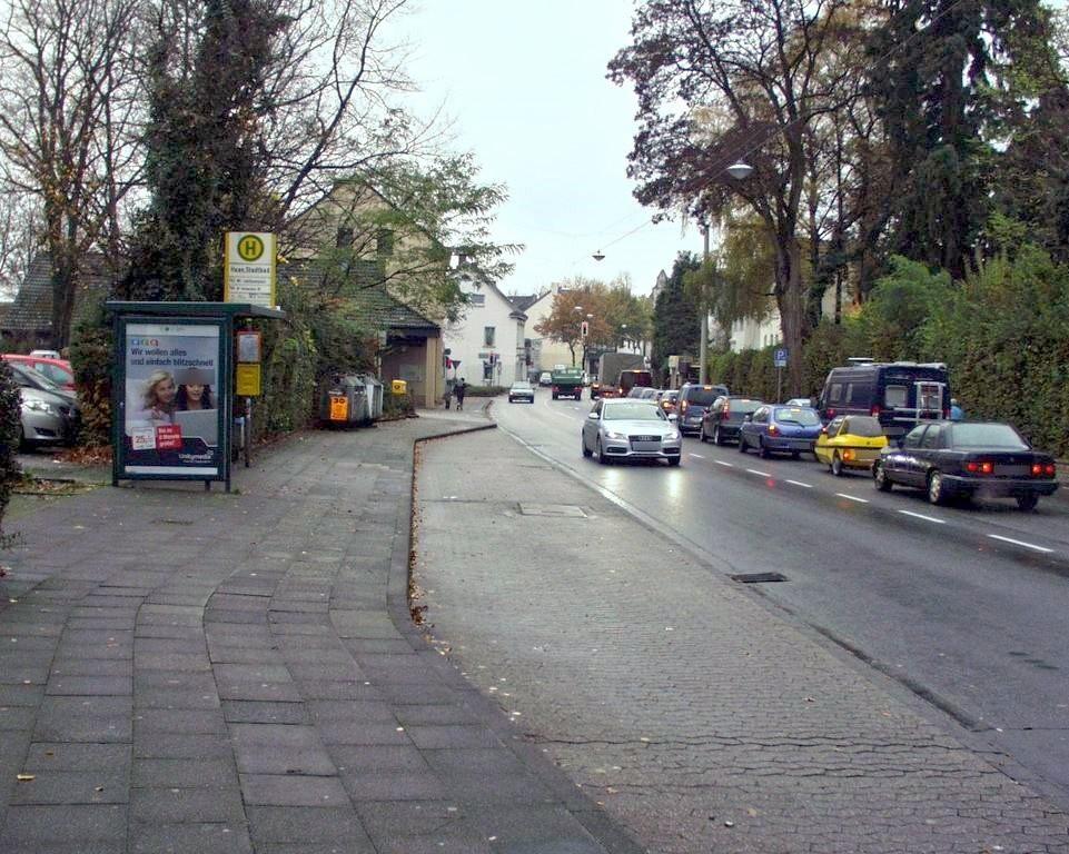 Alleestr.   8/Stadtbad