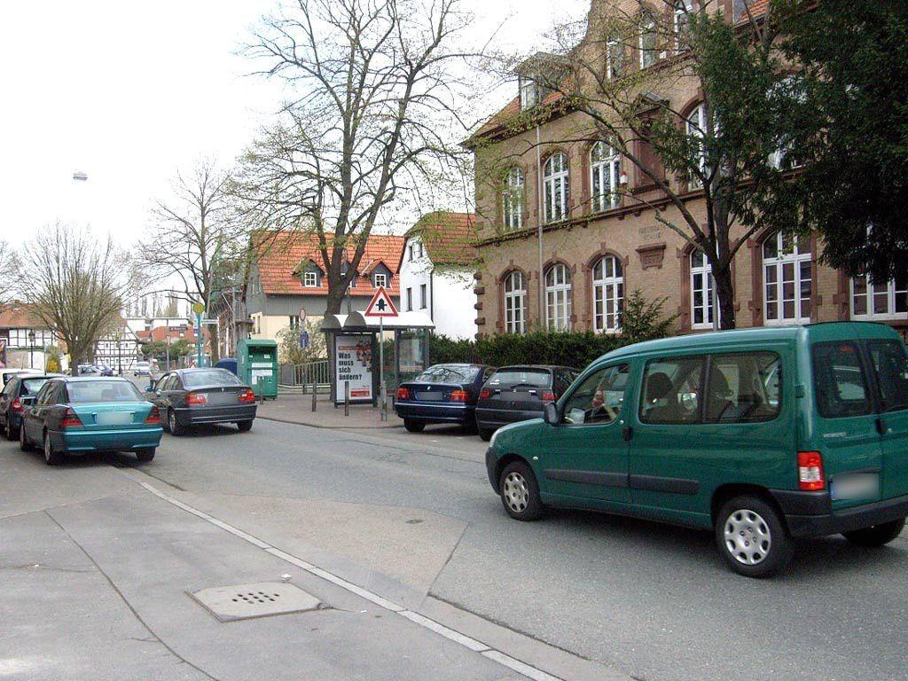 Starkenburger Str. 8/Schießhüttenstr. geg./innen