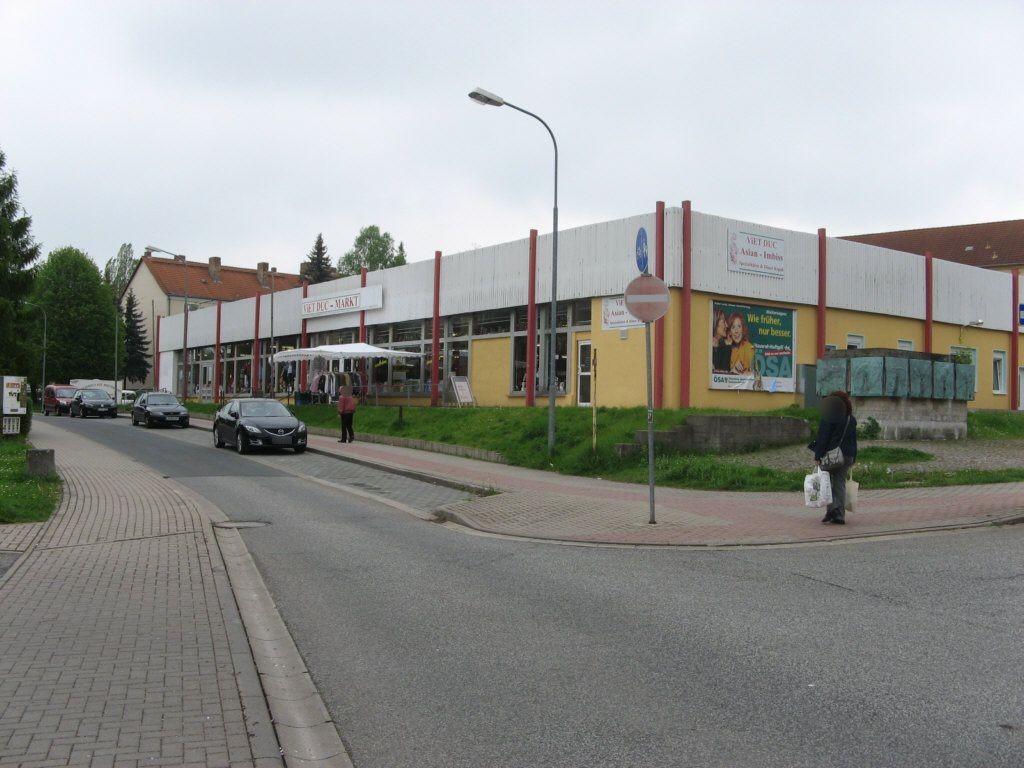 Konrad-von-Querfurt-Str.   2 re.