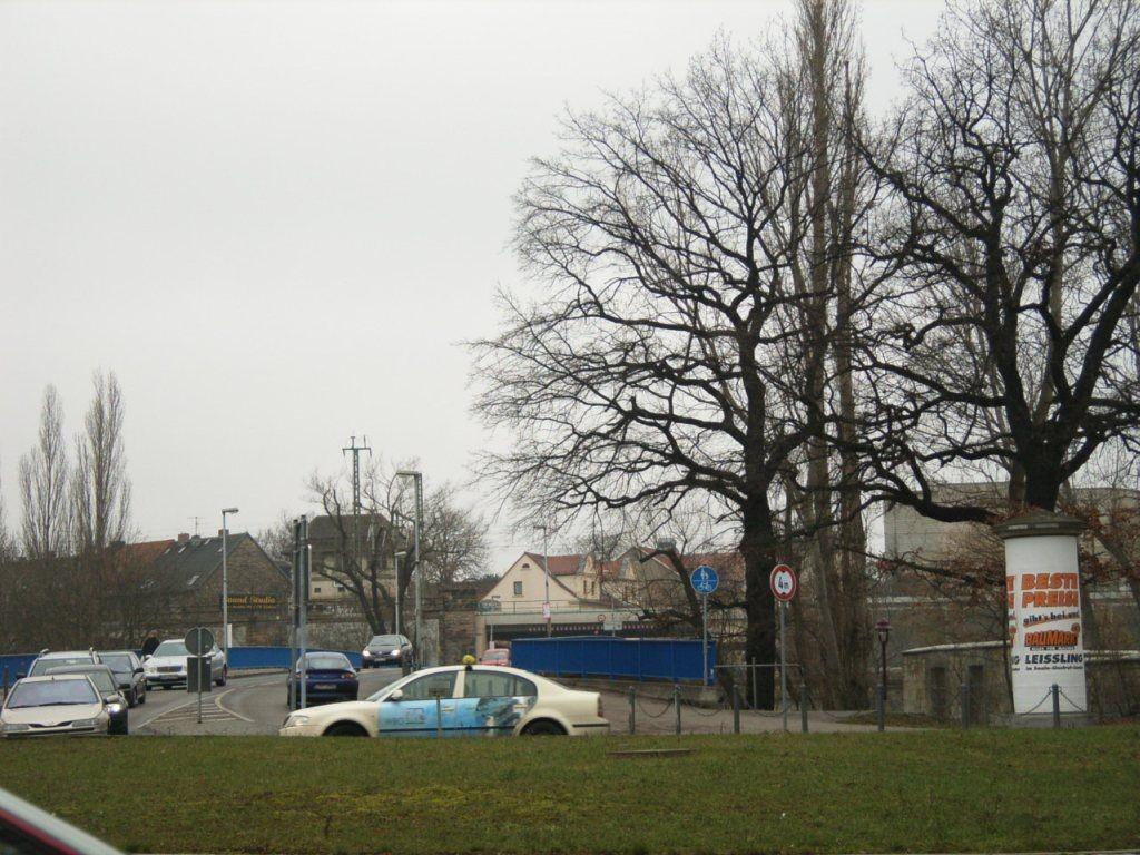 Niemöllerplatz/Dammstr./Saalebrücke