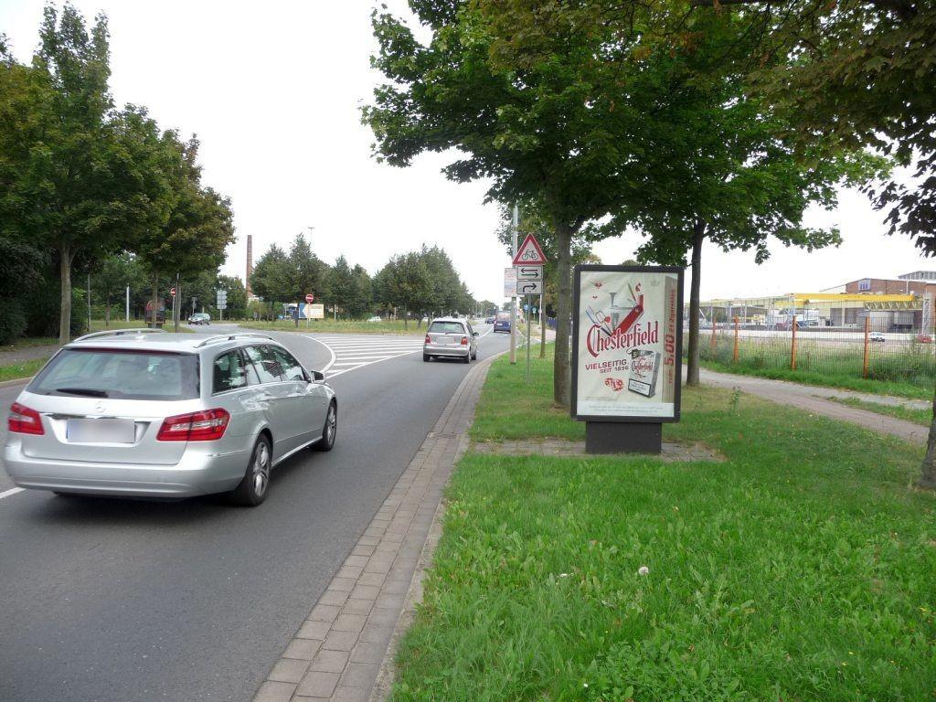 Berliner Chaussee geg. Jerichower Str./We.re.