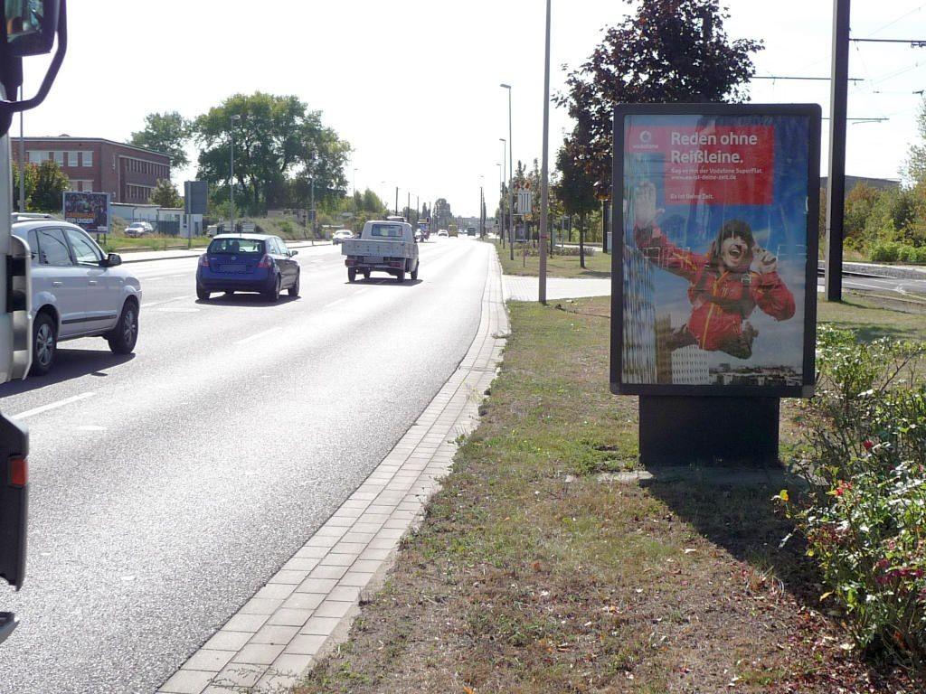 August-Bebel-Damm/HST Betriebsbf Nord re./We.re.