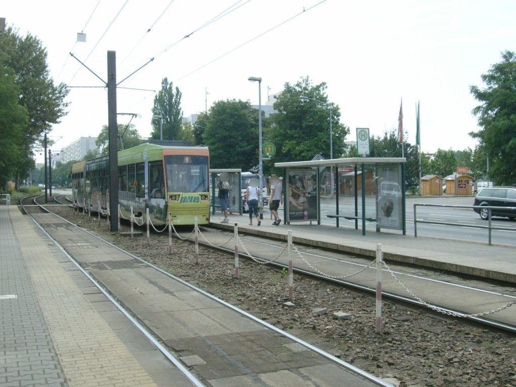 Lübecker Str. 72/Klosterwuhne sew. rechts VS