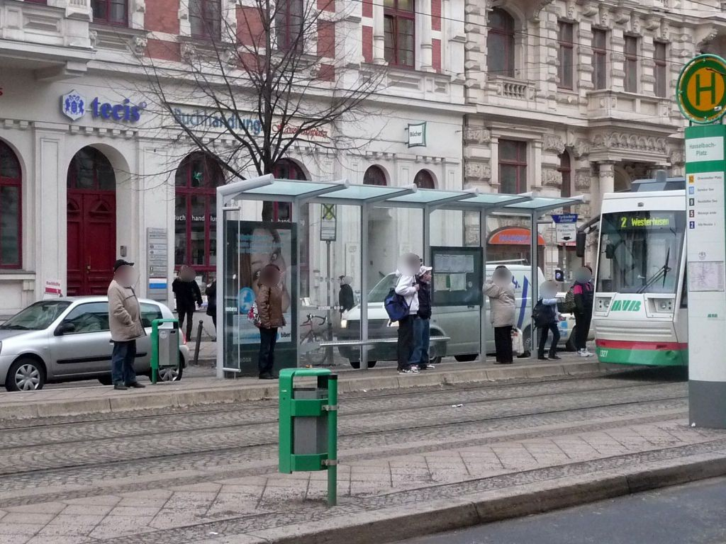 Breiter Weg 232a/Hasselbachplatz li. VS
