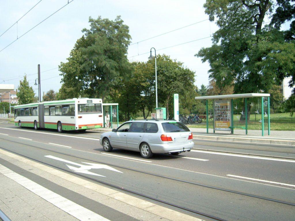 Herrenkrugstr./Berliner Chaussee re. VS