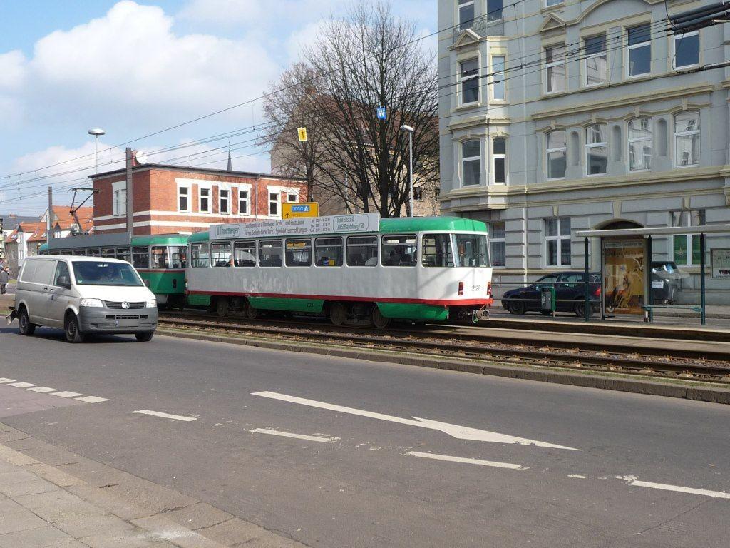 Westring 3 /Große Diesdorfer Str. re. VS