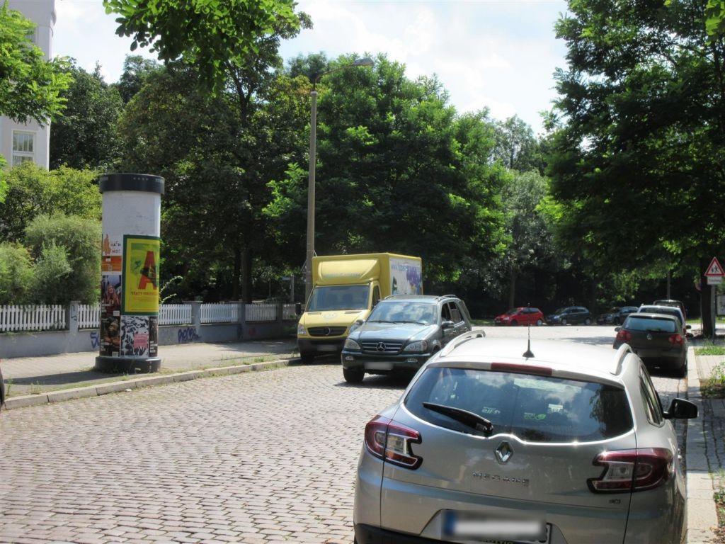 Gerhart-Hauptmann-Str. geg.  62/Adelheidring