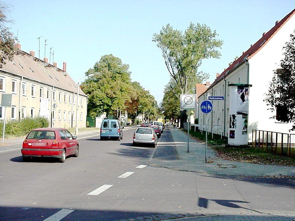 Hugo-Junkers-Allee/Rembrandtweg