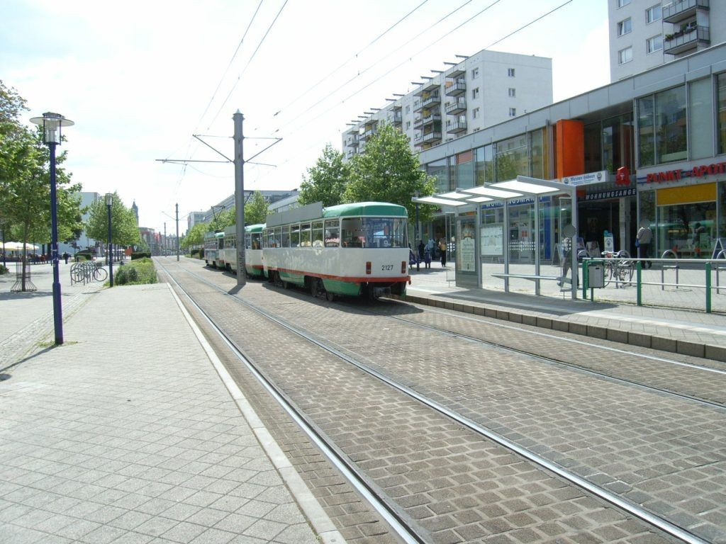 Breiter Weg 120a Ri. Hasselbachplatz VS