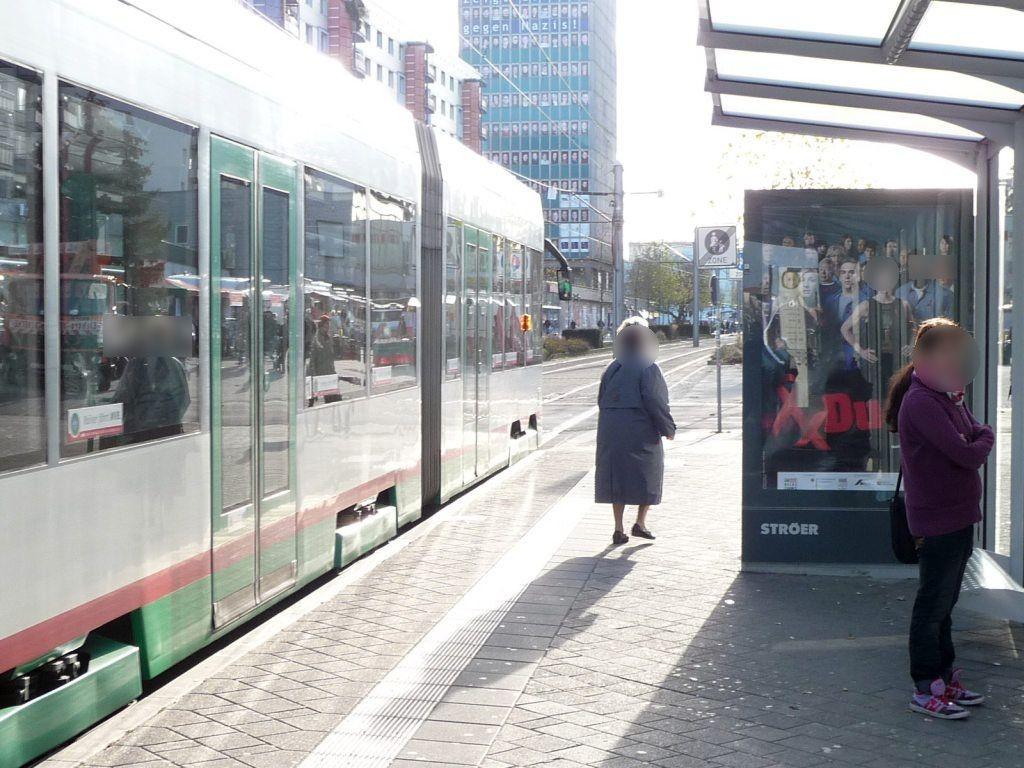 Breiter Weg 109/Uni-Platz Ri. Süd/We.re.