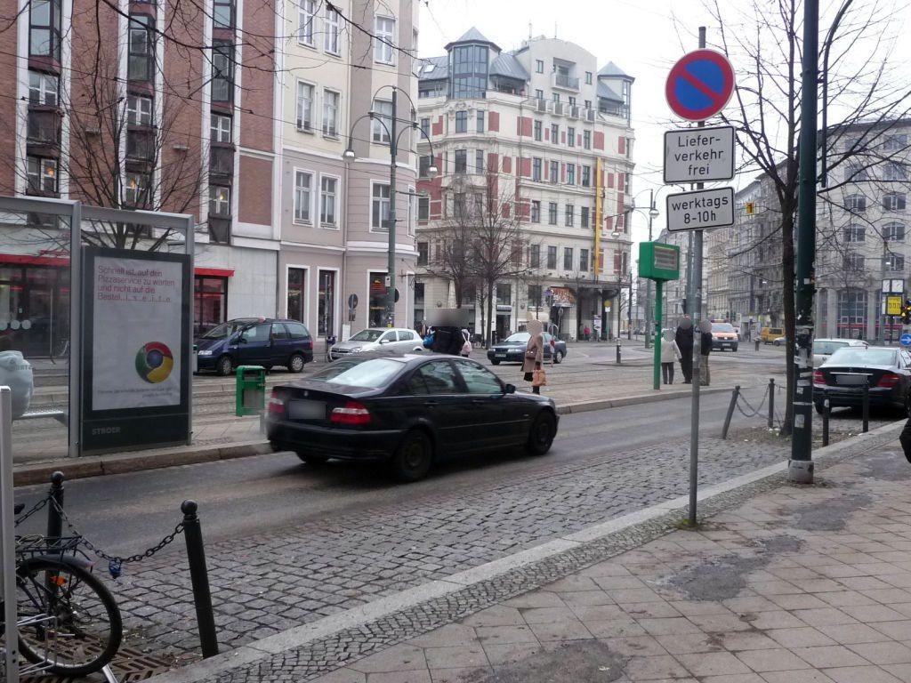 Breiter Weg 232a/Hasselbachplatz li. RS