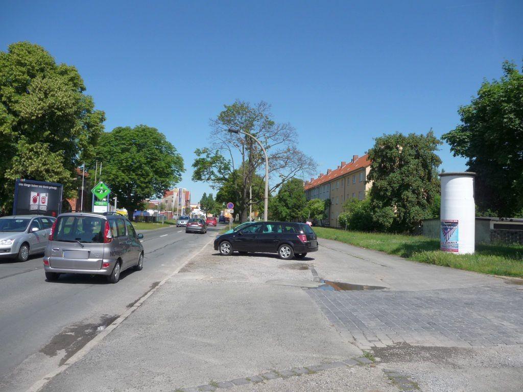 Quedlinburger Str. Nh.  70