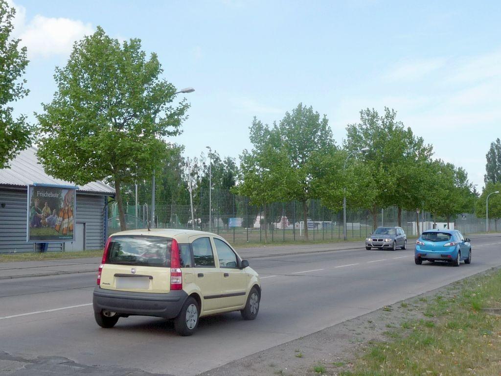 Stadionstr.  19 re.