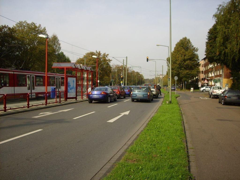 Friedrich-Ebert-Str. 216/Grabenstr. geg./RS