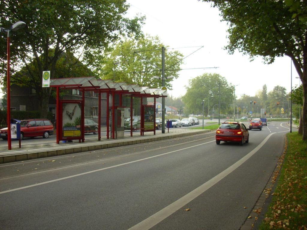 Markgrafenstr. 131/Nh. Lohstr./Ri. Mülheim/re.