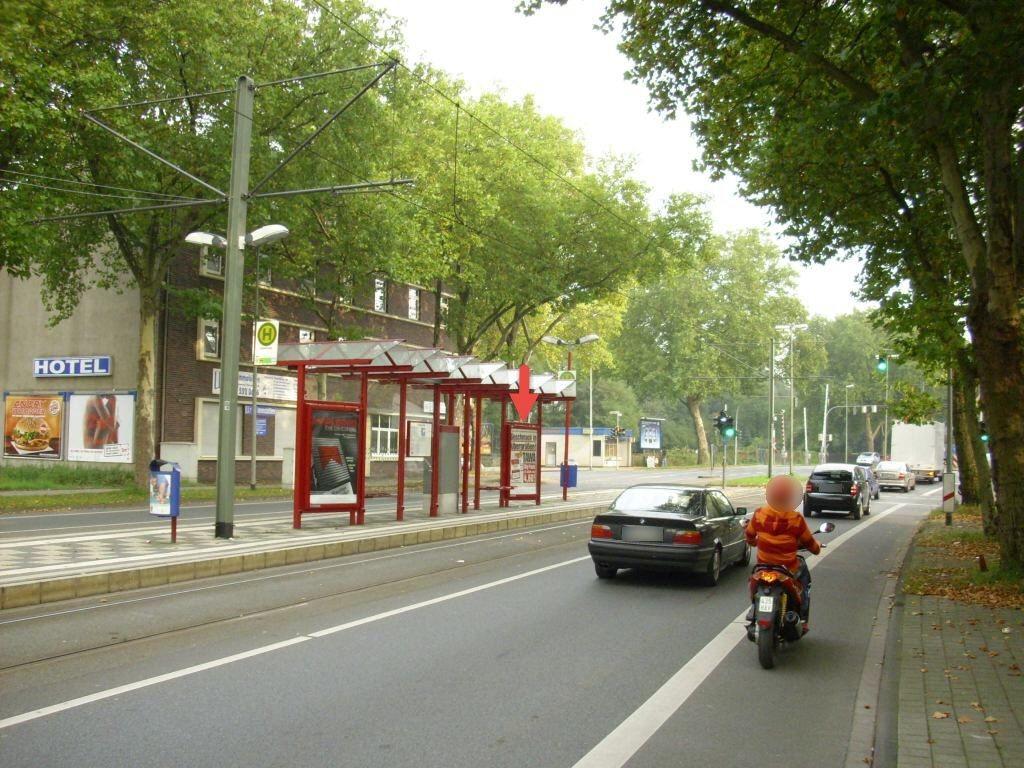 Markgrafenstr. 131/Nh. Lohstr./Ri. Obermarxloh/re.