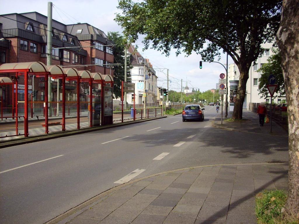 Heerstr. 65/Platanenhof/Ri. DU-Hbf. li./RS