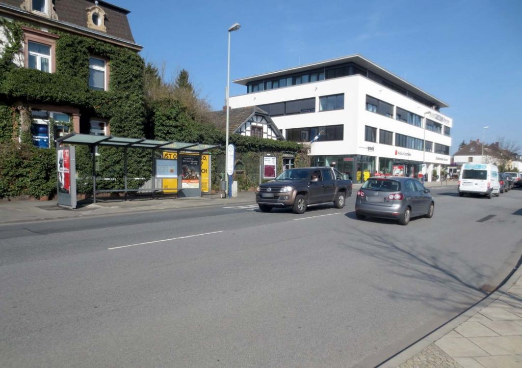Nassauer Str.  10/Adenauerallee 3/re. innen