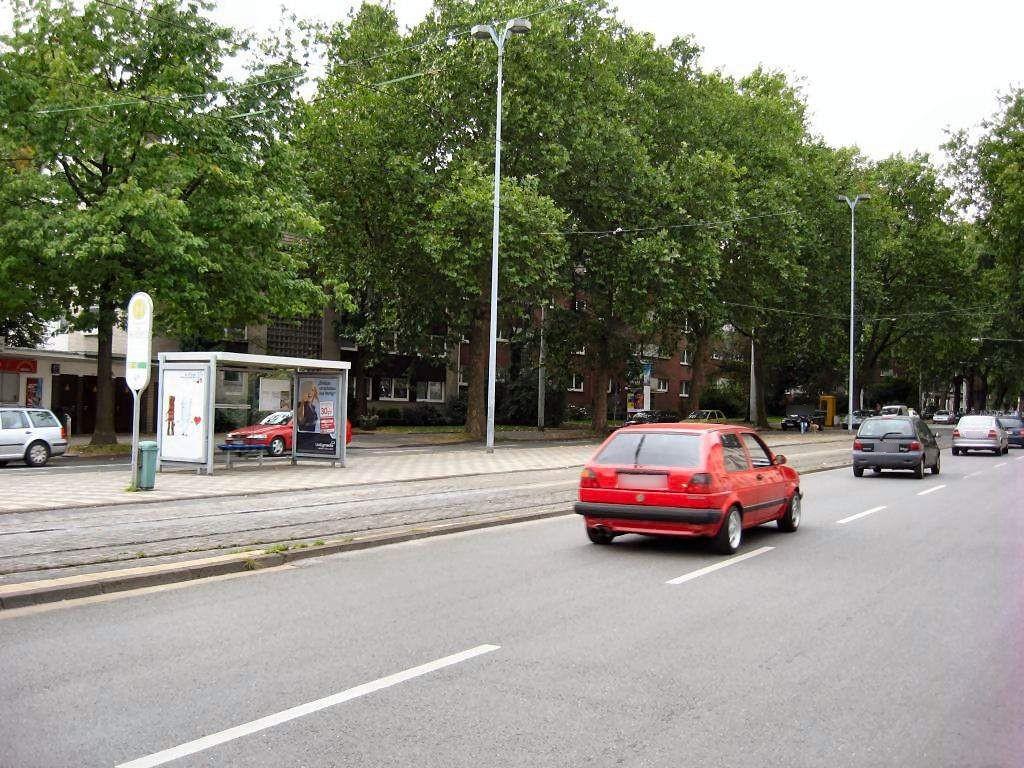 Bochumer Str. 261/Ückend. Platz/Ri. BO/re. innen
