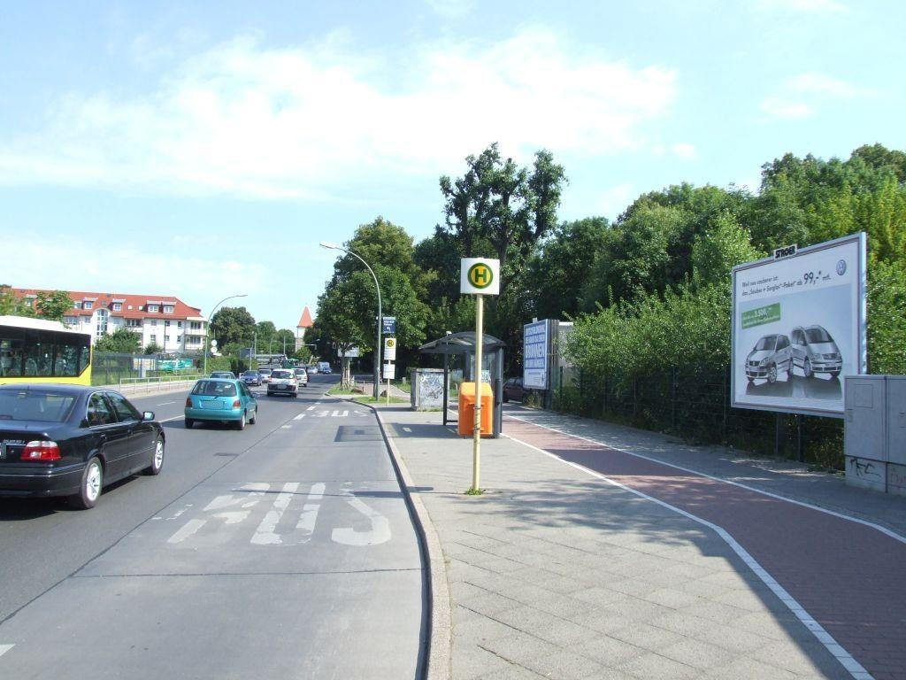 Heinersdorfer Str. FHTW  neb. Bus-HST re.