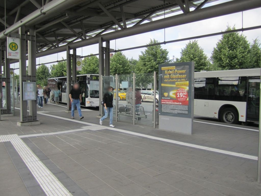 Bahnhofstr./ZOB, Bussteig 3-4, Si. Stadt